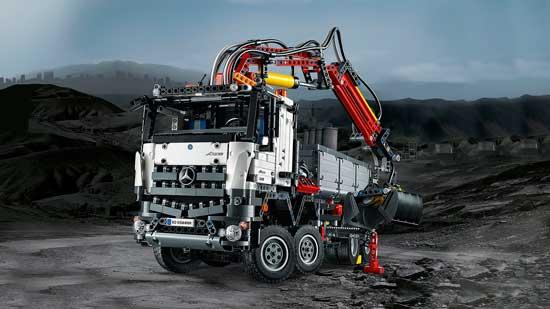 Lego-Technic-Mercedes-Arcos