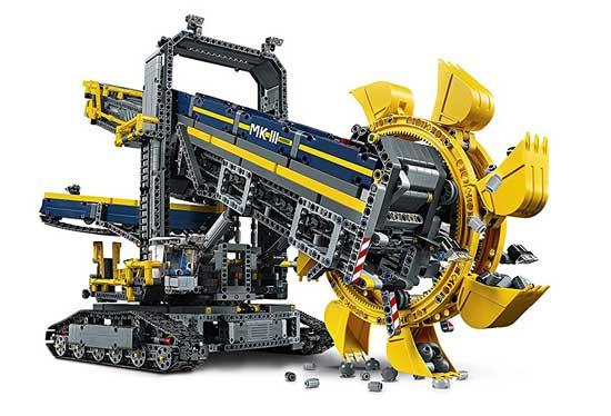 Lego-Technic-escavatore