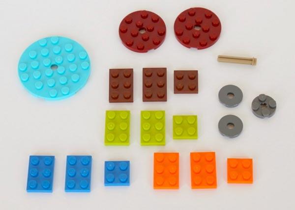 Fidget-Spinner-LEGO---pezzi-semplici-componenti