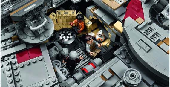 Lego-UCS-Millenium-Falcon-2